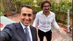 Di Maio e Toninelli e il selfie contro Costacurta (che sosteneva il no):