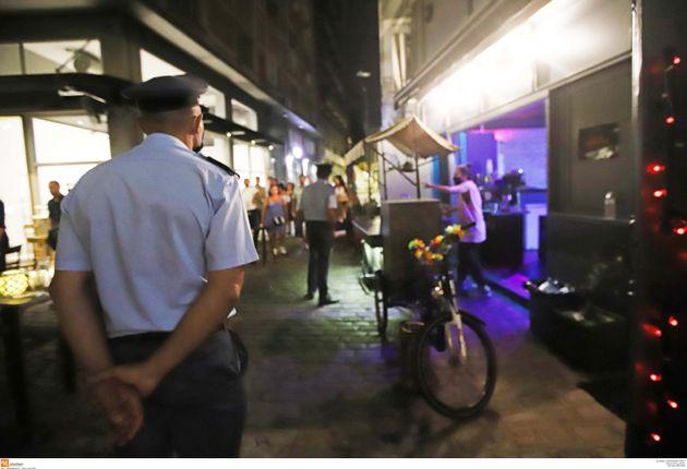 Η ΕΛ.ΑΣ. κάνει «lockdown» στις πλατείες της Αθήνας: Το έκτακτο