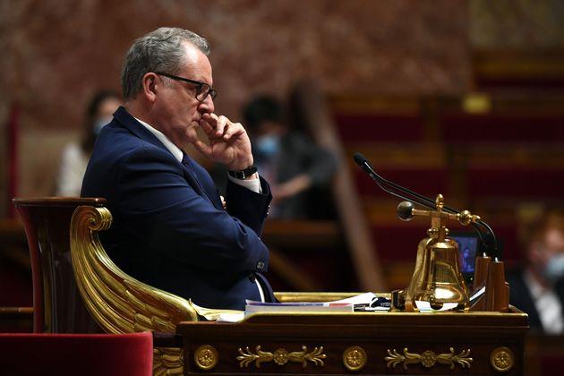 Ferrand refuse de durcir le règlement à l'Assemblée après l'incident lié...