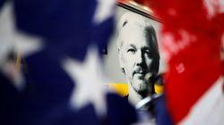 Julian Assange affirme «entendre des voix» en
