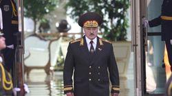 Lukashenko giura nell'ombra. Bielorussia in piazza