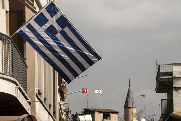 Διεθνής ικανοποίηση για την επανέναρξη των διερευνητικών επαφών Ελλάδας -