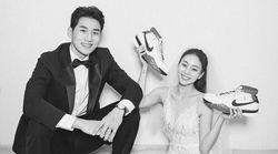 농구화와 스케이트가 등장한 문성곤-곽민정 커플의 웨딩화보