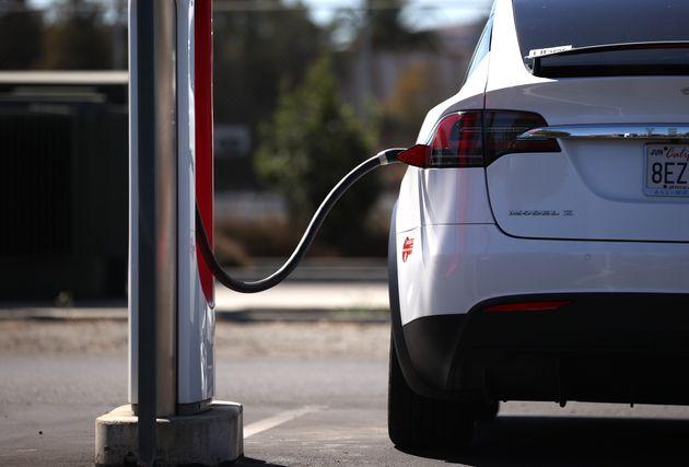 ガソリン車の販売を15年以内に禁止へ。カリフォルニア州が思い切った決断「私たちは勇気ある行動が必要だ」