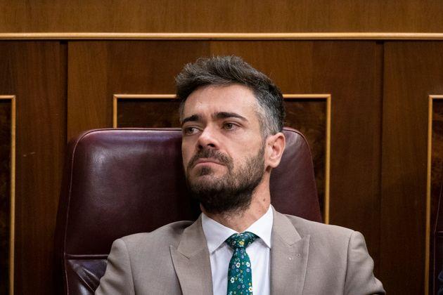 Felipe Sicilia, sentado en su escaño, en una imagen tomada en el Congreso el pasado