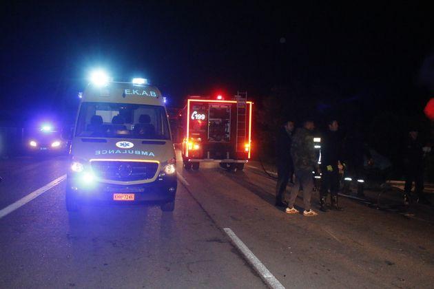 Θεσσαλονίκη: Μεγάλη φωτιά σε διαμέρισμα – 12 απεγκλωβισμοί, μια γυναίκα