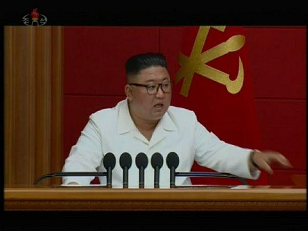 자료사진: 김정은 북한 국무위원장이 8월 19일 노동당 중앙위원회 제7기 제6차 전원회의를 열고 내년 1월 8차 당대회를 개최하기로 결정했다고 20일 북한 매체들이 보도했다. 관영...