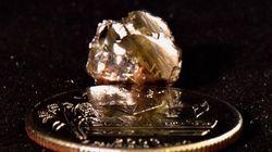 Το γυαλάκι που βρήκε στο πάρκο, ήταν διαμάντι 9
