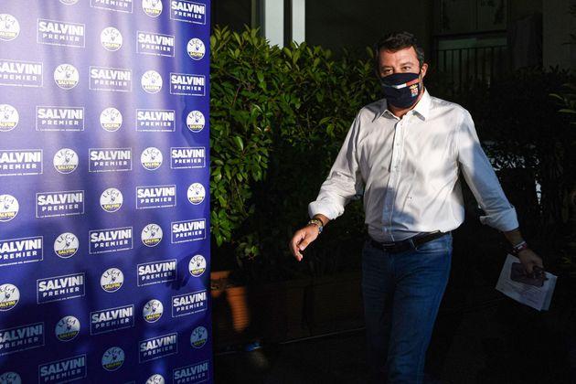 Salvini punta alla conferenza delle Regioni, corsa Fedriga Toti