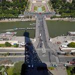 Une voiture tombe dans la Seine à Paris, trois personnes en arrêt