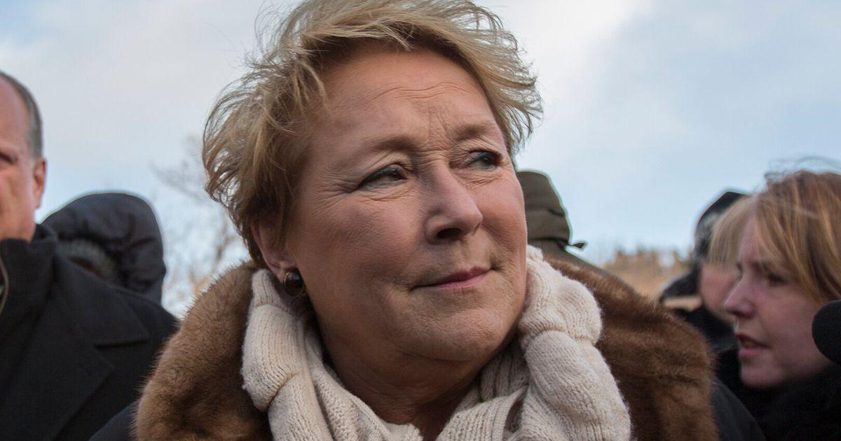 Pauline Marois dénonce l'exclusion des femmes du boys club politique