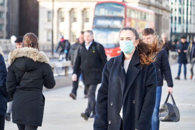 Coronavirus, la Gran Bretagna verso 100 morti al giorno