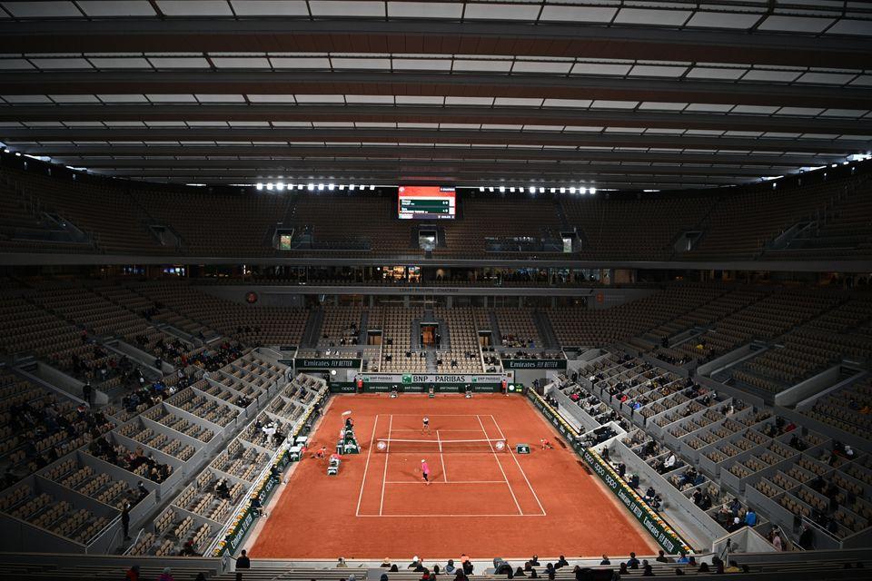 Roland-Garros: matinée historique avec le premier match sur le Central
