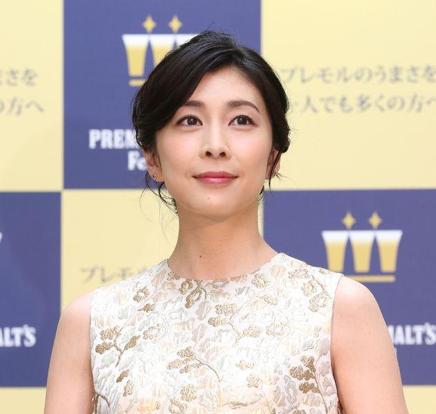 """Yuko Takeuchi, la star di """"Miss Sherlock"""" trovata morta in casa. I media giapponesi: """"È la quarta attrice suicida in pochi mesi"""""""