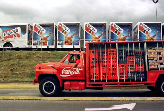 Coca Cola vs Pepsi: Πώς ο πόλεμος της Κόλα μετέτρεψε δύο εταιρείες σε παγκόσμιους