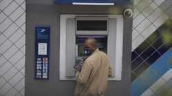 In Francia spariscono i bancomat. La via transalpina al