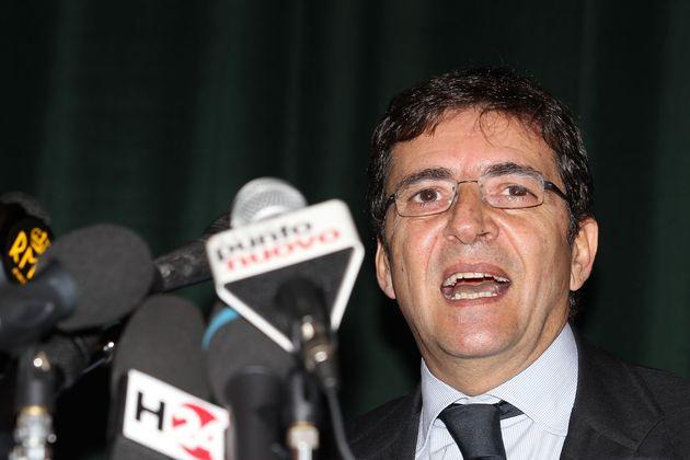 Accusato di collusione coi Casalesi: Nicola Cosentino assolto in Appello