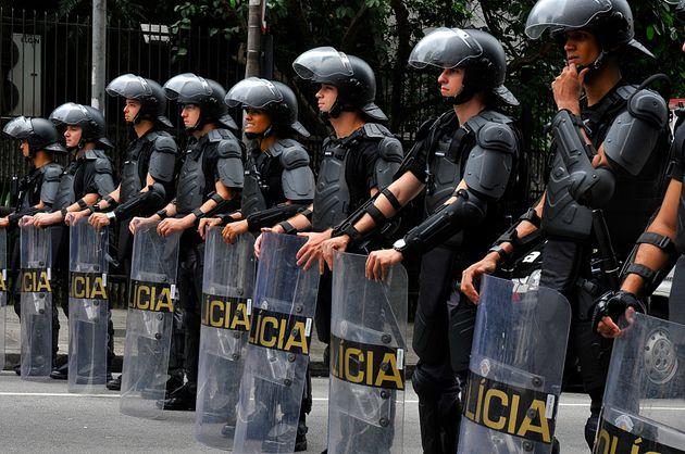 """""""Os policiais são um braço armado do Estado. Se começam, por exemplo, a matar..."""