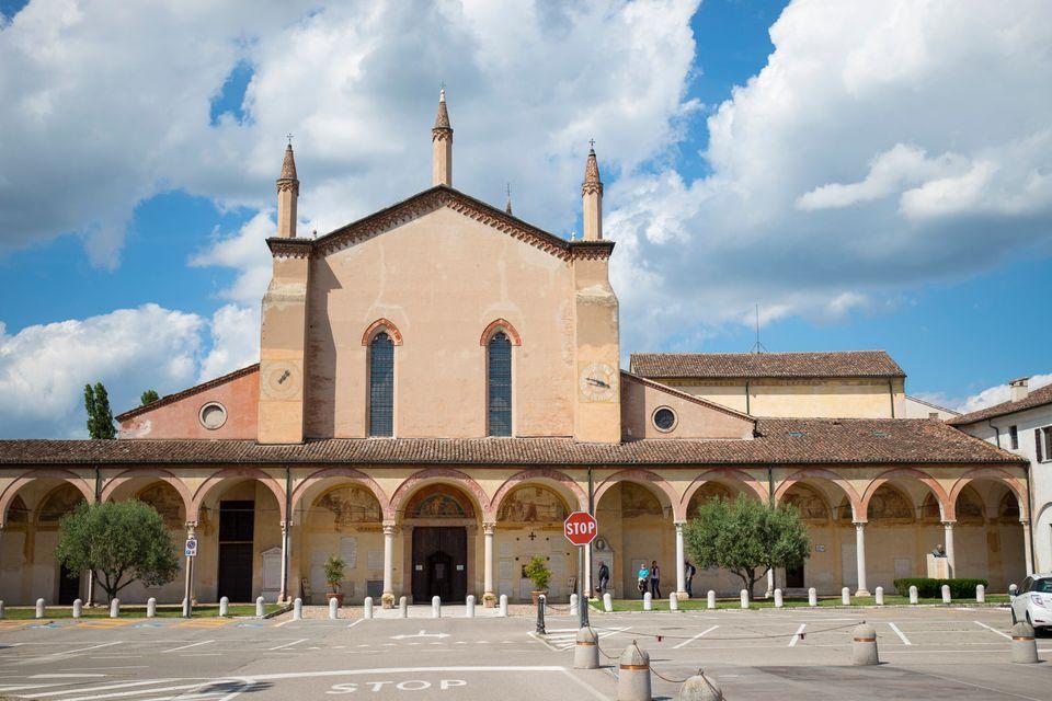 Cinque borghi italiani da visitare d'autunno (anche col bonus vacanze)