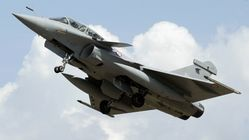 Pourquoi des avions de chasse passent le mur du son malgré des réglementations