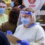 COVID-19: 838 nouveaux cas et les hospitalisations continuent de