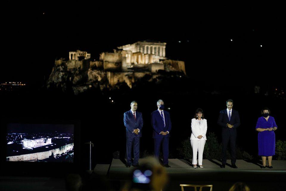 Ακρόπολη: Πιο λαμπερή από ποτέ - Την αγκαλιάζει το φως του 21ου