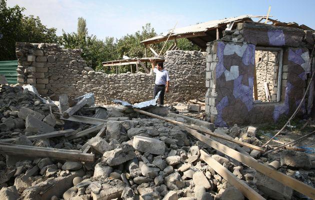 Γαλλία και Τουρκία «στα μαχαίρια» καθώς η σύρραξη στο Ναγκόρνο-Καραμπάχ διχάζει το