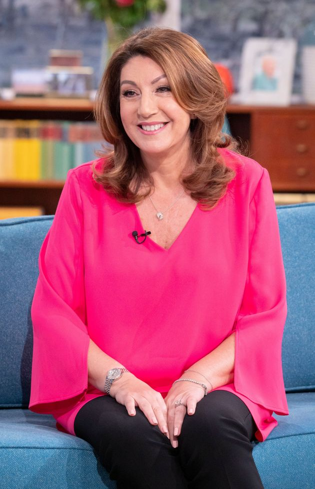 Jane McDonald Is Not Quitting Her Cruising Show After All, So Maybe Things Are Looking Up