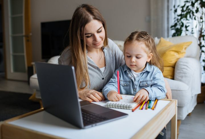 Parents can help their children feel more comfortable on screen.