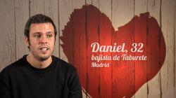El bajista de Taburete participa en 'First Dates' y arrasa (en