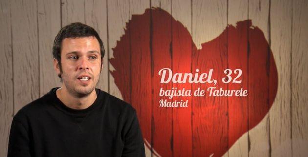 Daniel, bajista de Taburete, en 'First