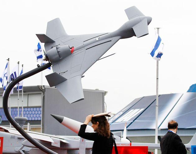 2013年のパリ航空ショーで展示された自爆ドローン「ハロップ」