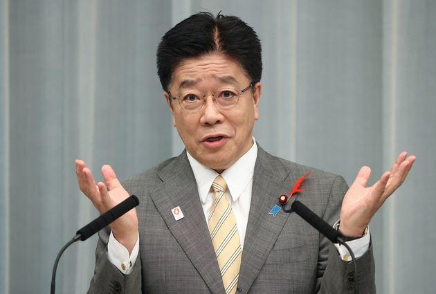 記者会見する加藤勝信官房長官=10月2日午前、首相官邸