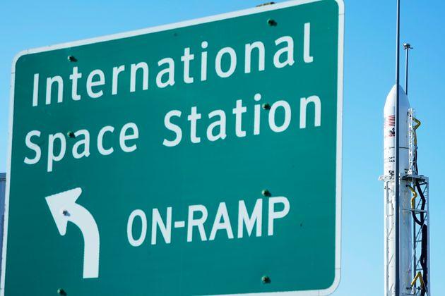 Η νέα λεκάνη τουαλέτας της NASA είναι γεγονός: Κοστίζει 23 εκατομ. και είναι ιδανική για τις