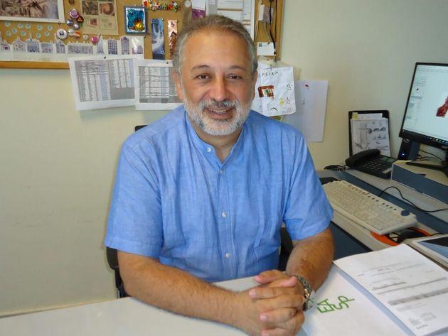 Daniel López Acuña, en su