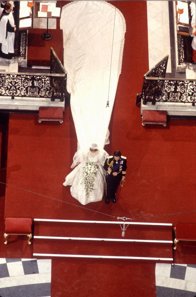 Diana's dress had a 25ft train