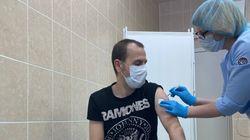 El único español que se ha puesto la vacuna rusa: