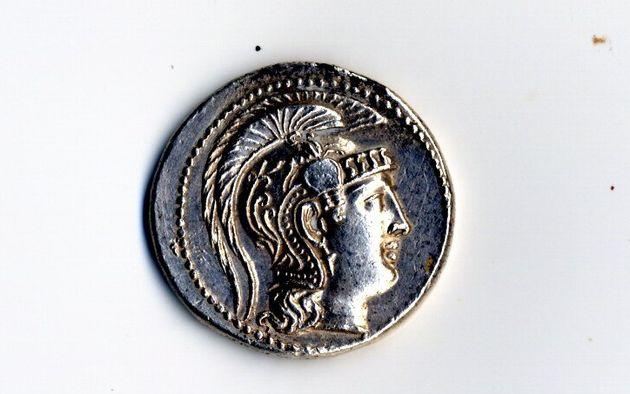 Αθηνών