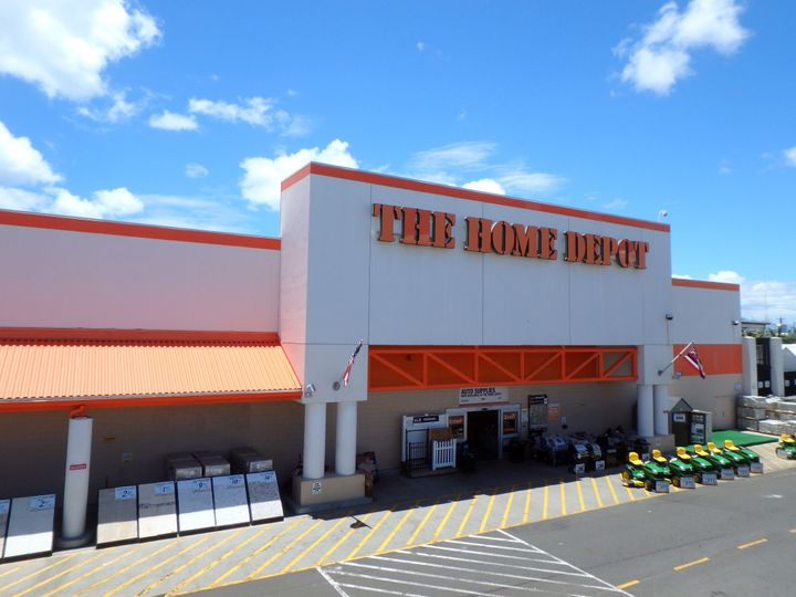 "You just might <i>fall</i> for this one: The Home Depot's &ldquo;<a href=""https://fave.co/3deKpI3"" target=""_blank"" rel=""noopener noreferrer"">Fall Savings</a>"" is here."