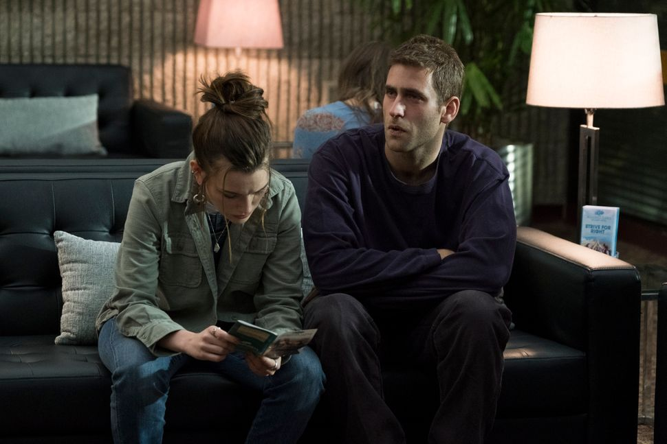 "Victoria Pedretti and Oliver Jackson-Cohen in 2018's ""The Haunting of Hill House"" as twins Nell and Luke Crain."