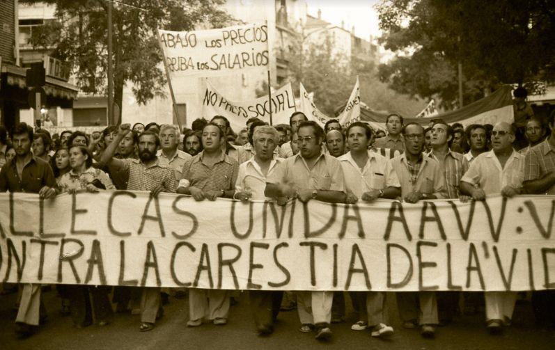 Manifestación contra la carestía de la vida en 1977.