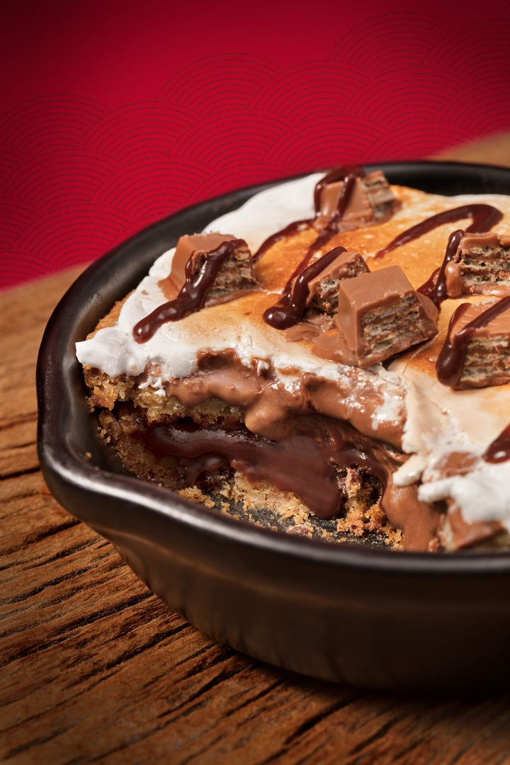 Outback e KitKat lançam sobremesa.