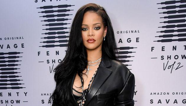Rihanna, ici le 1er octobre 2020, avant la conférence de presse pour son défilé...