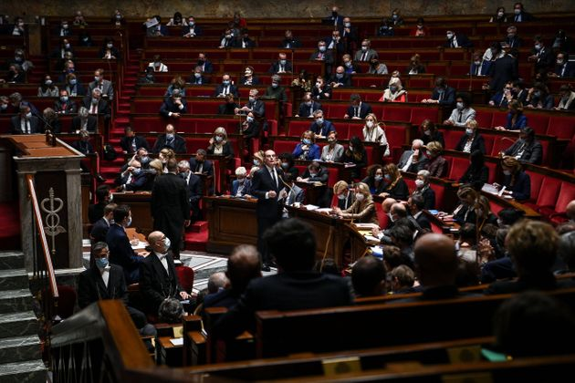 À l'Assemblée nationale, à Paris, le 6 octobre