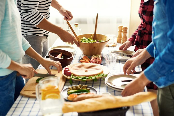 "For many young people and singles living in major Canadian cities, &ldquo;<a href=""https://www.huffpost.com/topic/friendsgiving"" target=""_blank"" rel=""noopener noreferrer"">Friendsgiving</a>&rdquo; celebrations between friends often take the place of family gatherings.&nbsp; &nbsp;"
