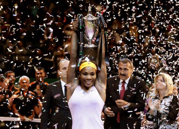 Serena Williams, dos EUA, comemora sua vitória contra Li Na, da China, após a partida final...