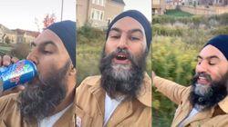 Even Jagmeet Singh Is Doing That Viral 'Dreams'