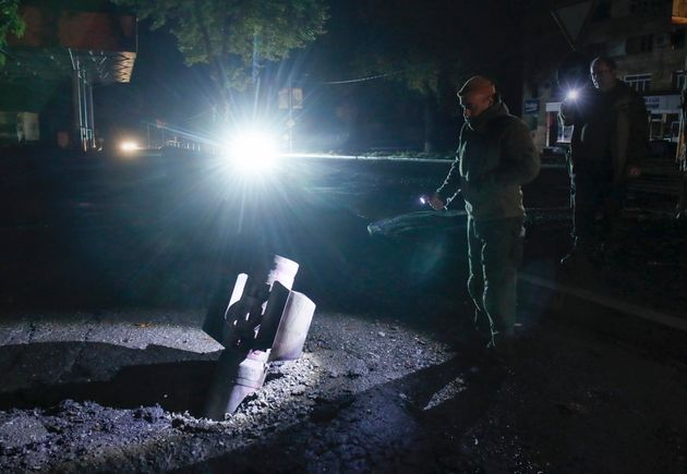 Όλη τη νύχτα βομβάρδιζαν την πρωτεύουσα του Ναγκόρνο Καραμπάχ οι δυνάμεις του