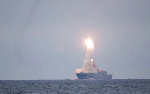 Δοκιμαστική εκτόξευση πυραύλου με ταχύτητα οκταπλάσια του ήχου από το ρωσικό