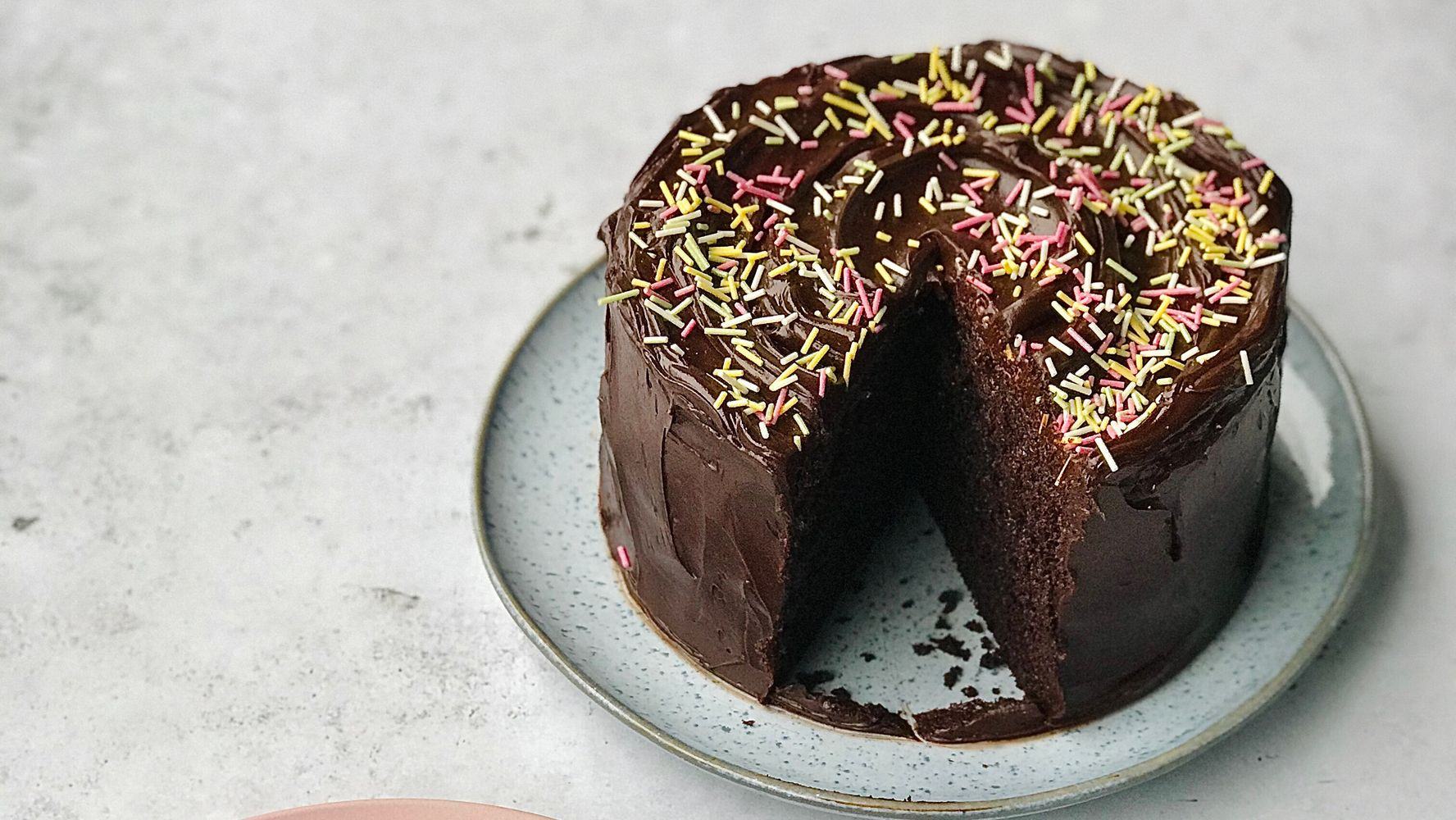 This Decadent Chocolate Fudge Cake Is Quick And Easy To Make